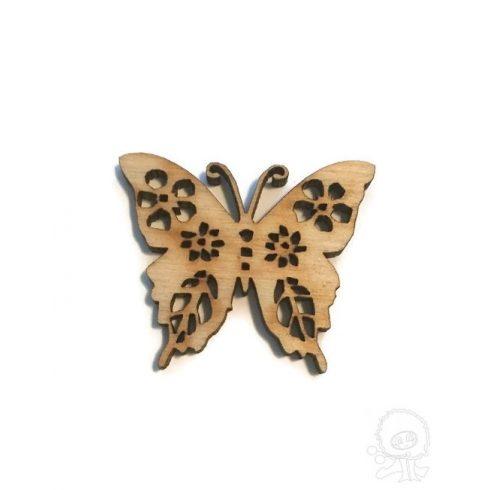 Fa figura - Áttört pillangó